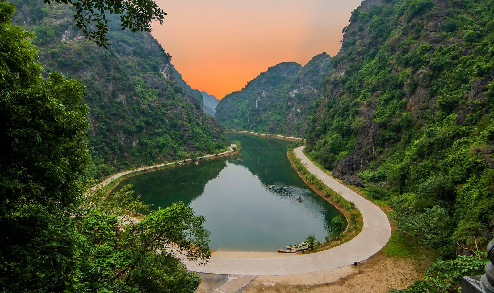 Am Tien Valley, Trang An