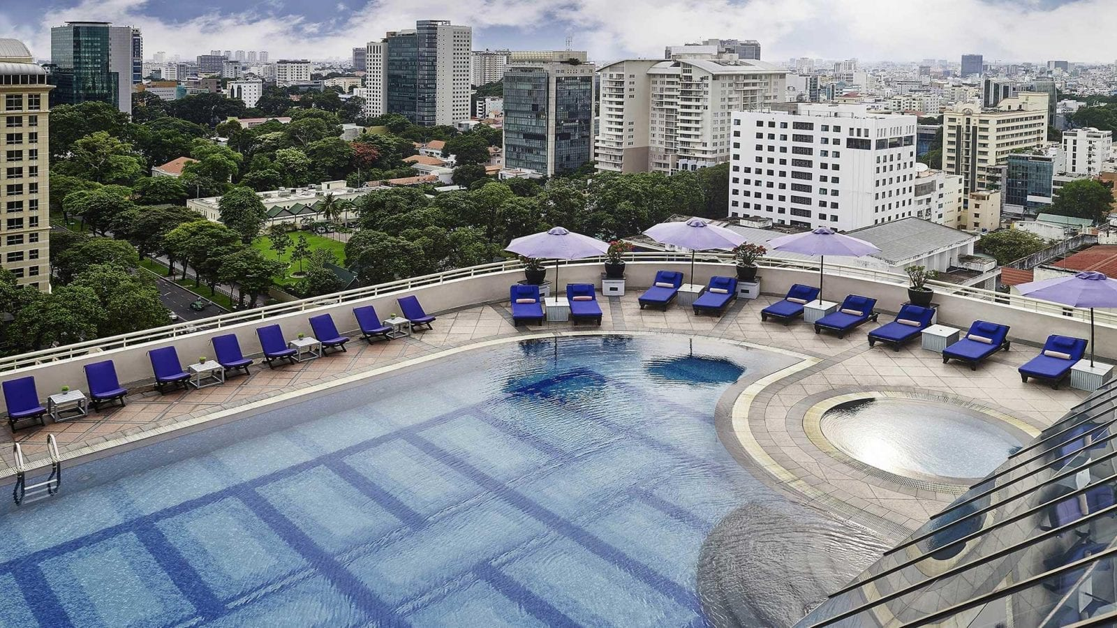 Sofitel Saigon Plaza Pool