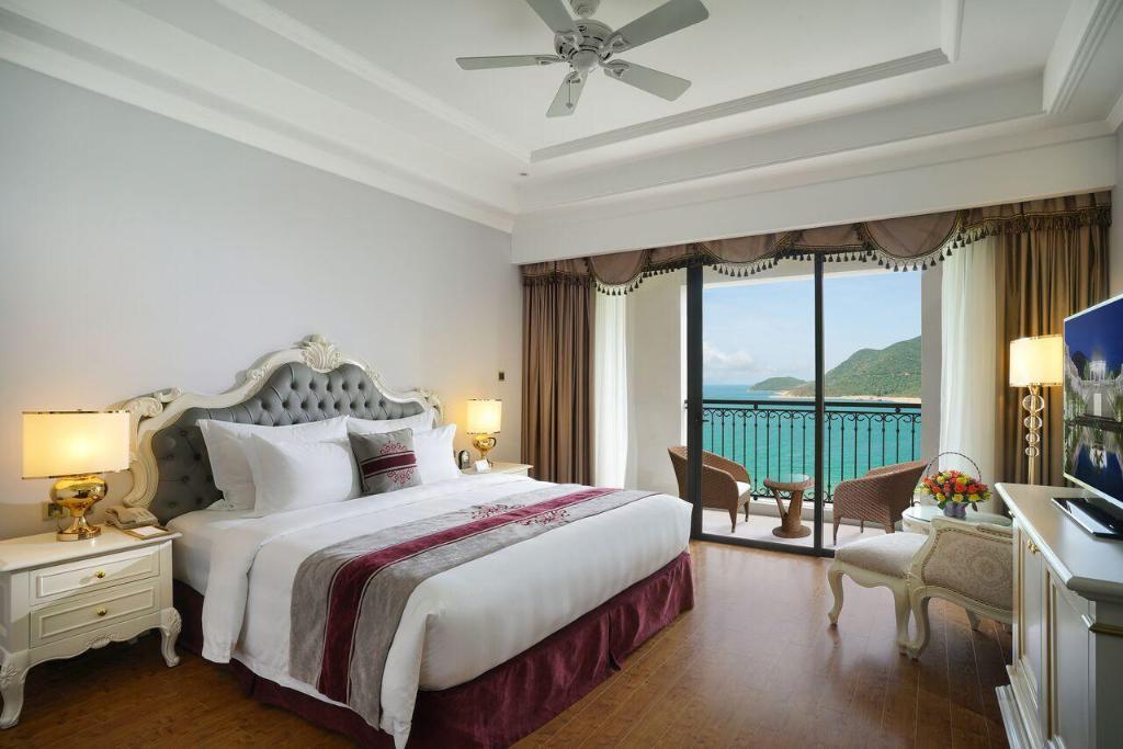 Room at Vinpearl Discovery 1 Nha Trang Hotel