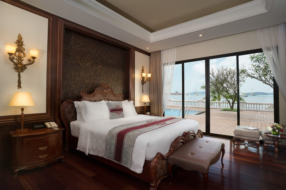 Room at Vinpearl Resort & Spa Nha Trang Bay