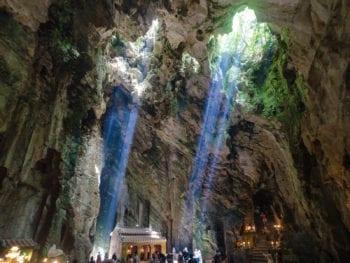 Da Nang Huyen Khong Buddhist Grotto