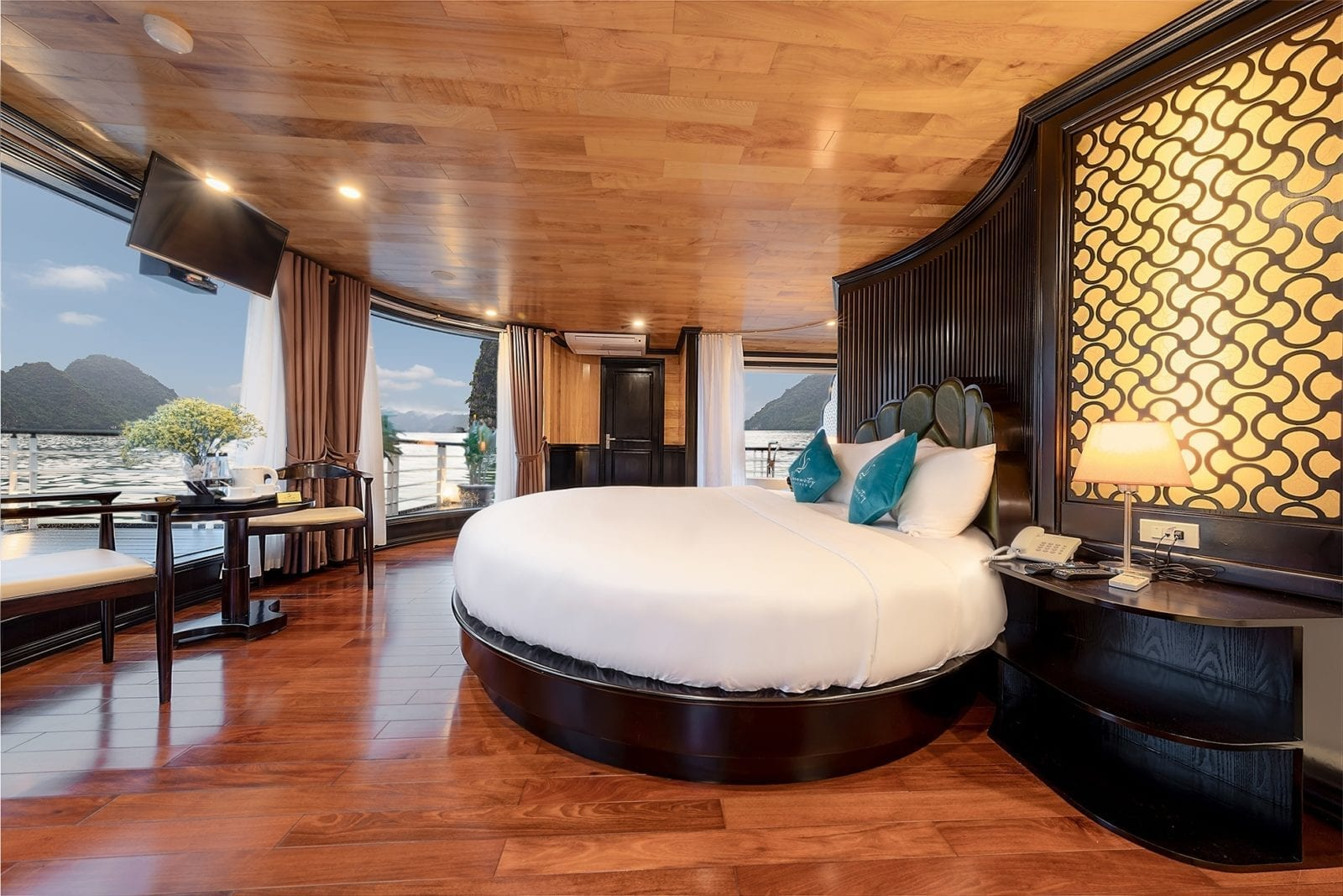 Room at Halong Serenity Cruises