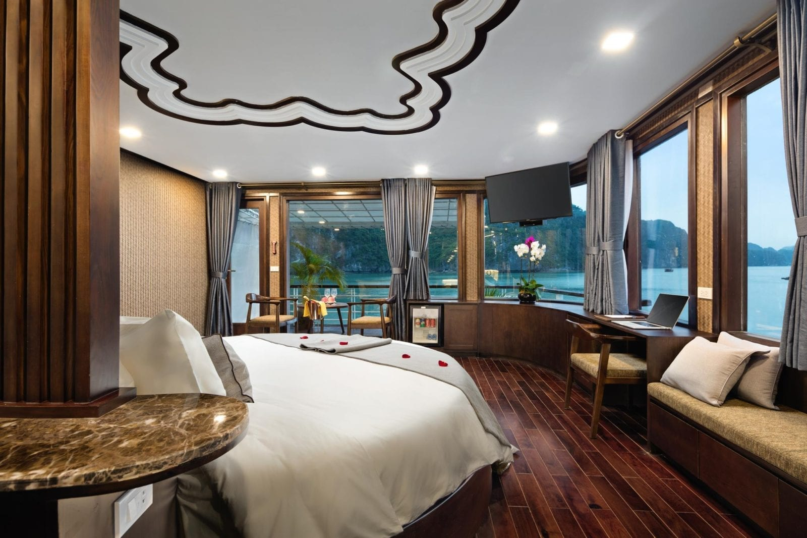 Room at Orchid Ha Long Cruise