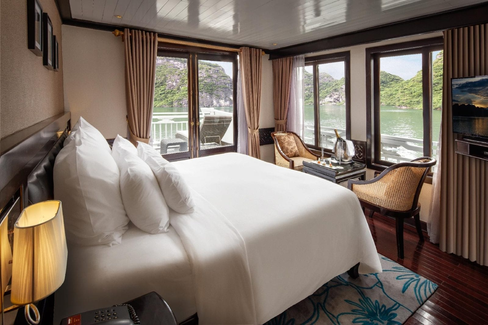 Room at Paradise Luxury Cruise