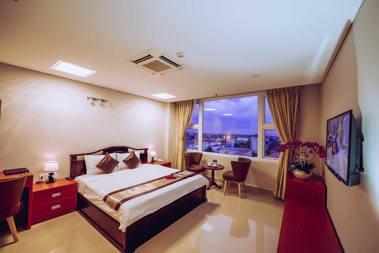 Room at Victory Hotel Tay Ninh
