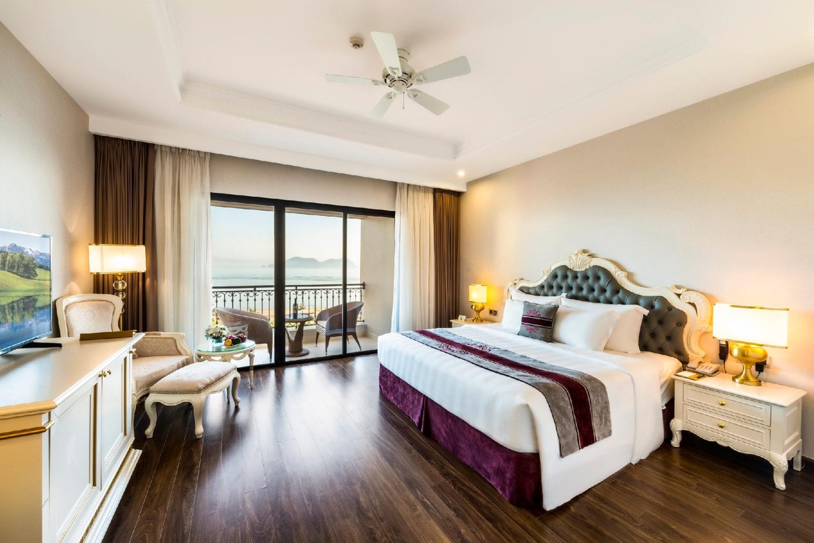 Room at Vinpearl Discovery Cua Hoi