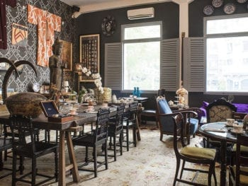 Villa Royale Downtown Antiques & Tea Room Coffee Shop Vietnam