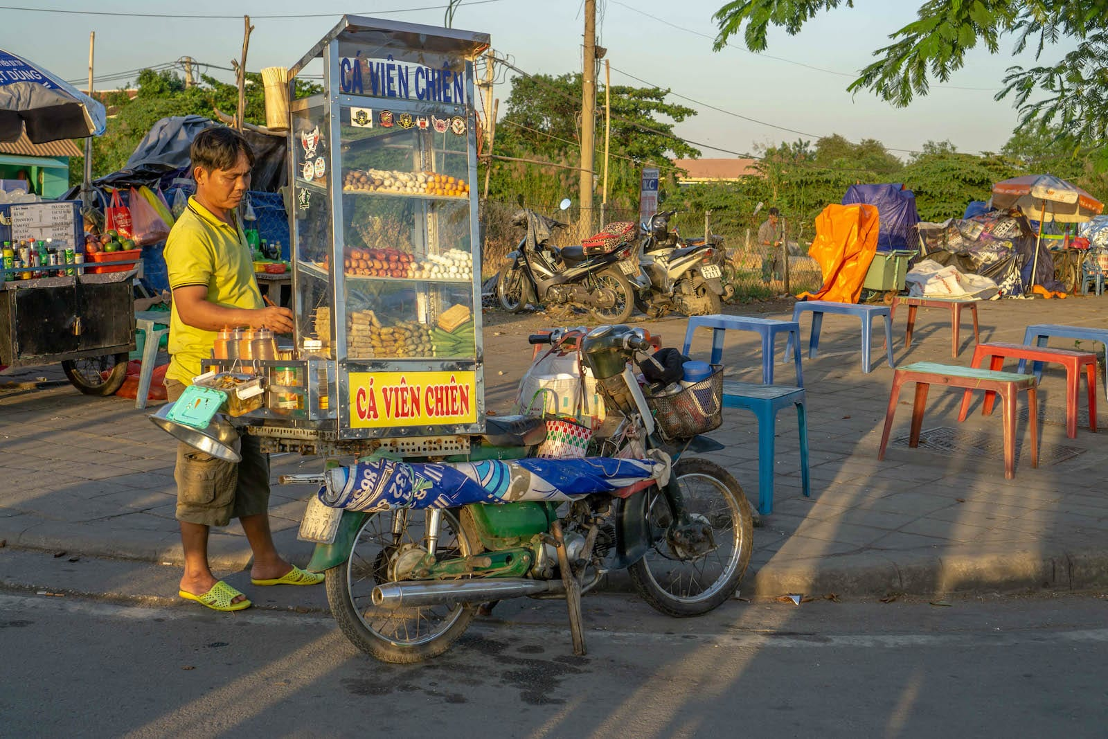 Cá Viên Chiên, HCMC