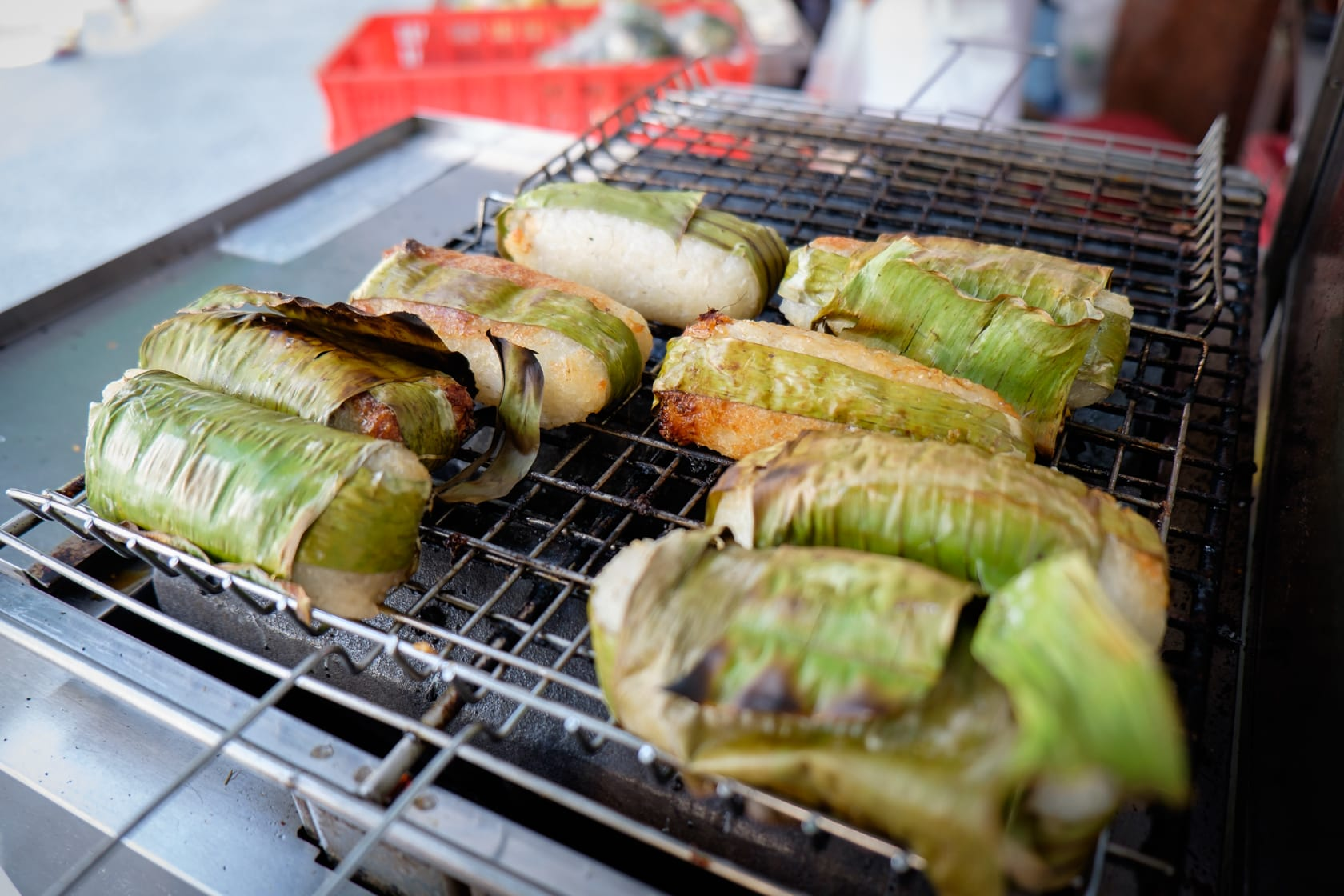 Grilled banana in sticky rice rolls, Ho Chi Minh
