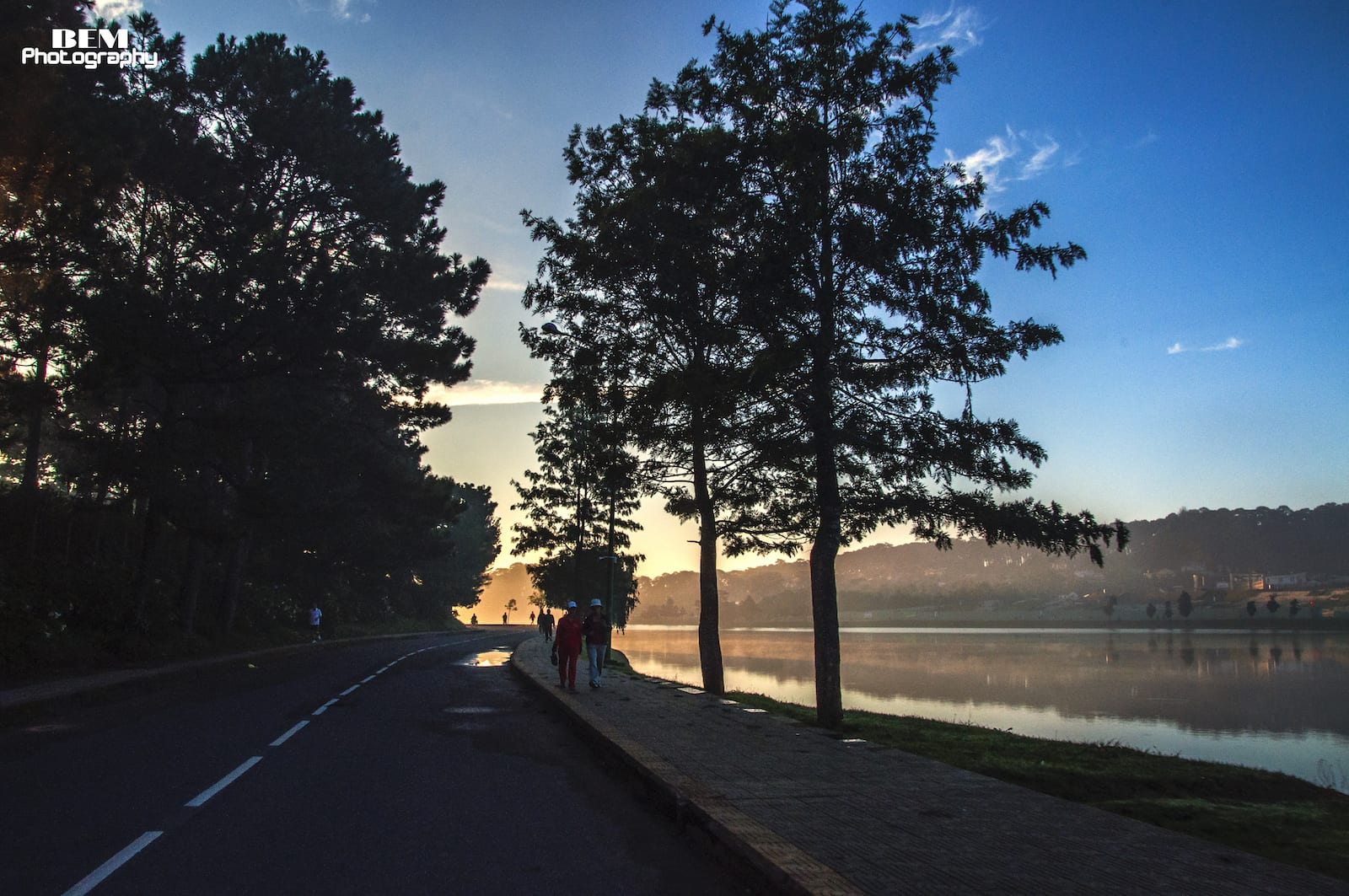 The morning at Ho Xuan Huong Lake, Da Lat