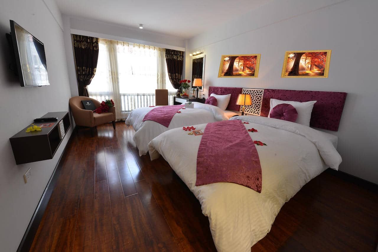 Golden Sun Suites Hotel