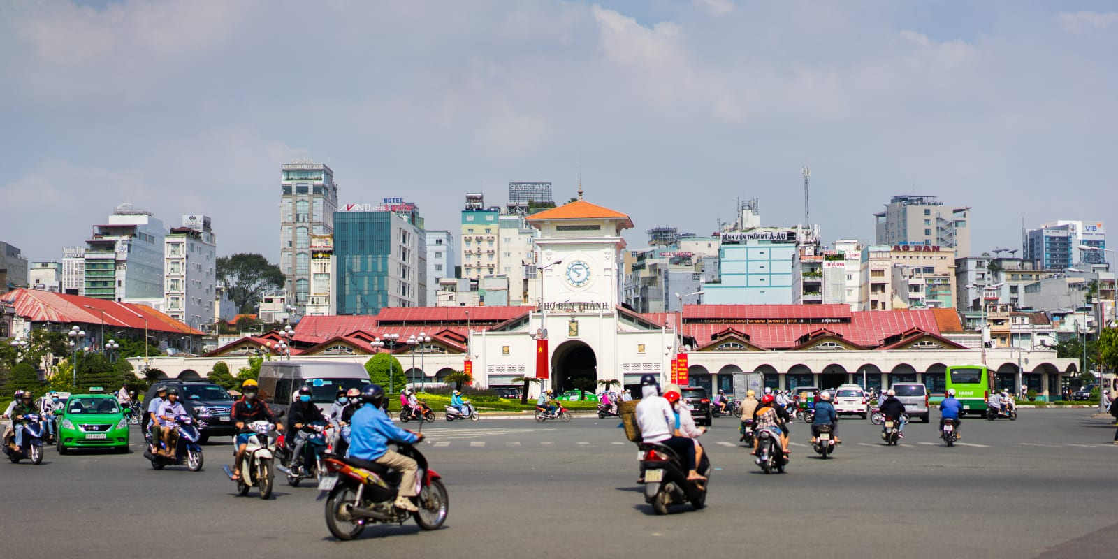 Image of the Ben Thanh Market in Ho Chi Minh City, Vietnam