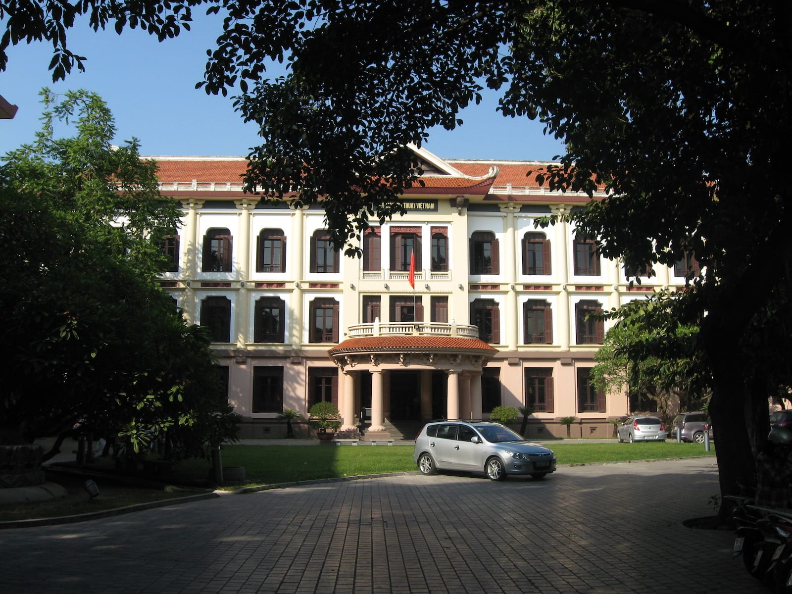 Vietnam Art Museum in Ha Noi