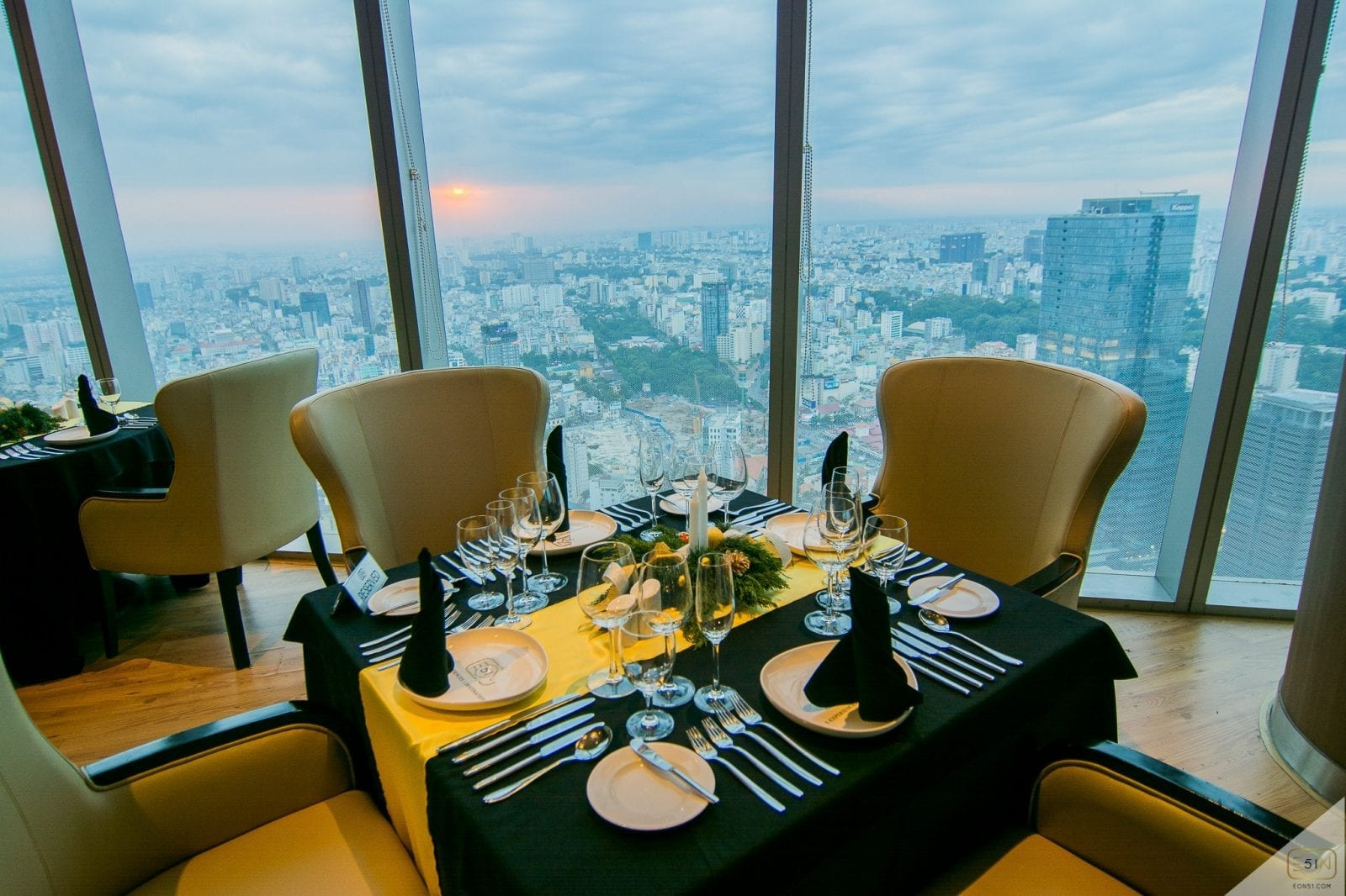 Image of the Eon51 Restaurant & Lounge in the Bitexco Financial Tower in Vietnam