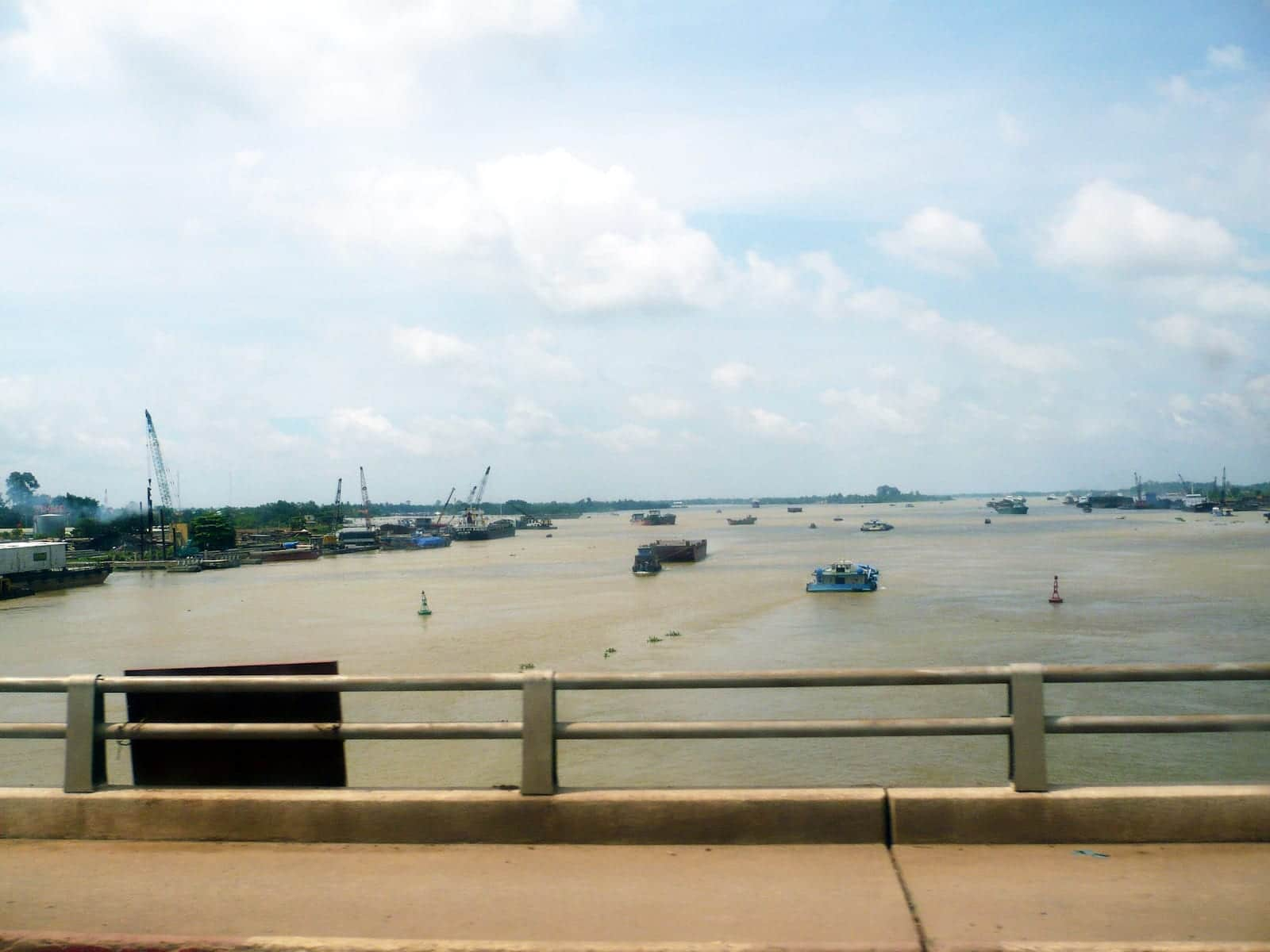 Image of the Dong Nai River in Vietnam