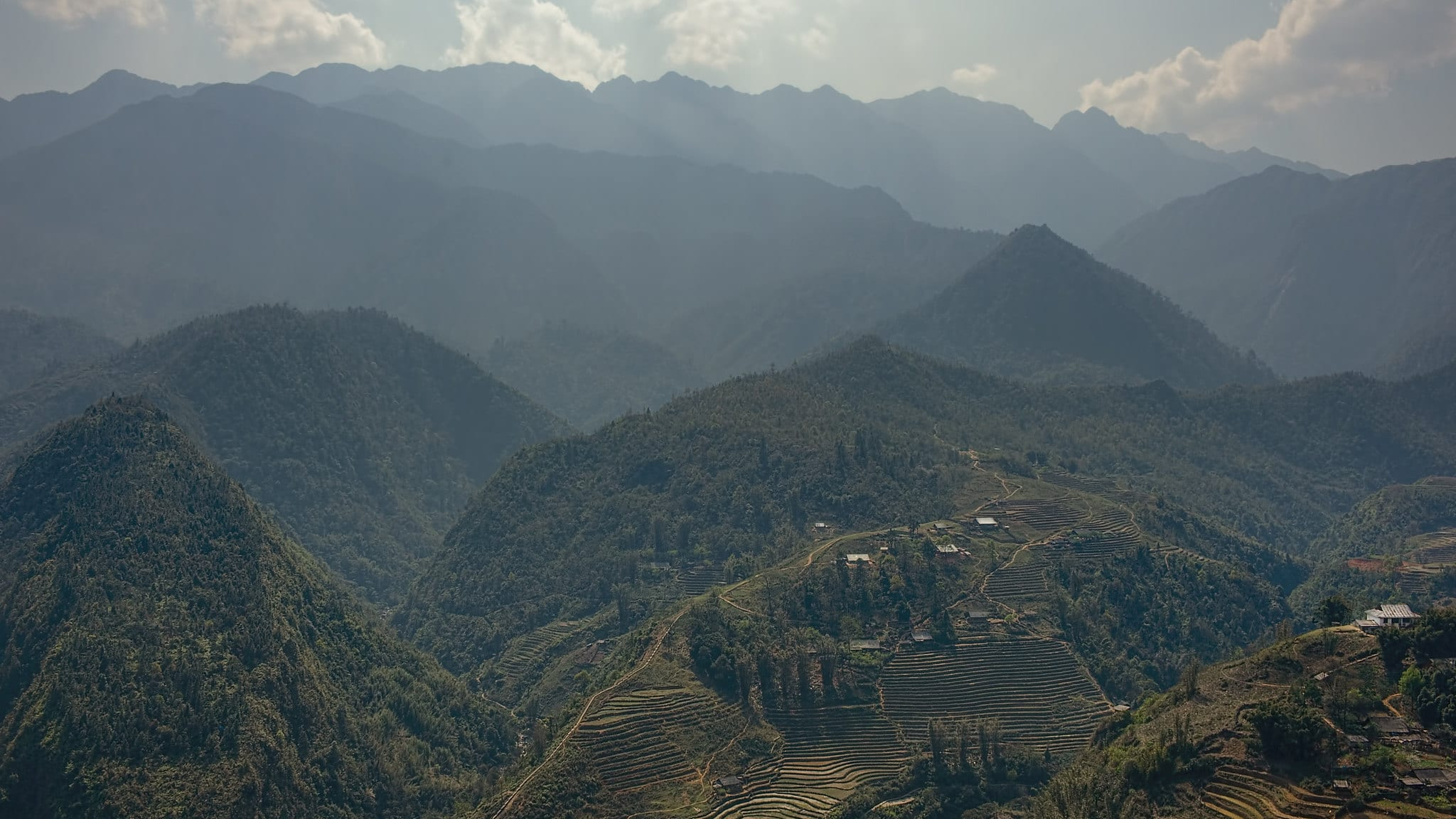 Image of the Hoang Lien Son Mountain Range in Vietnam
