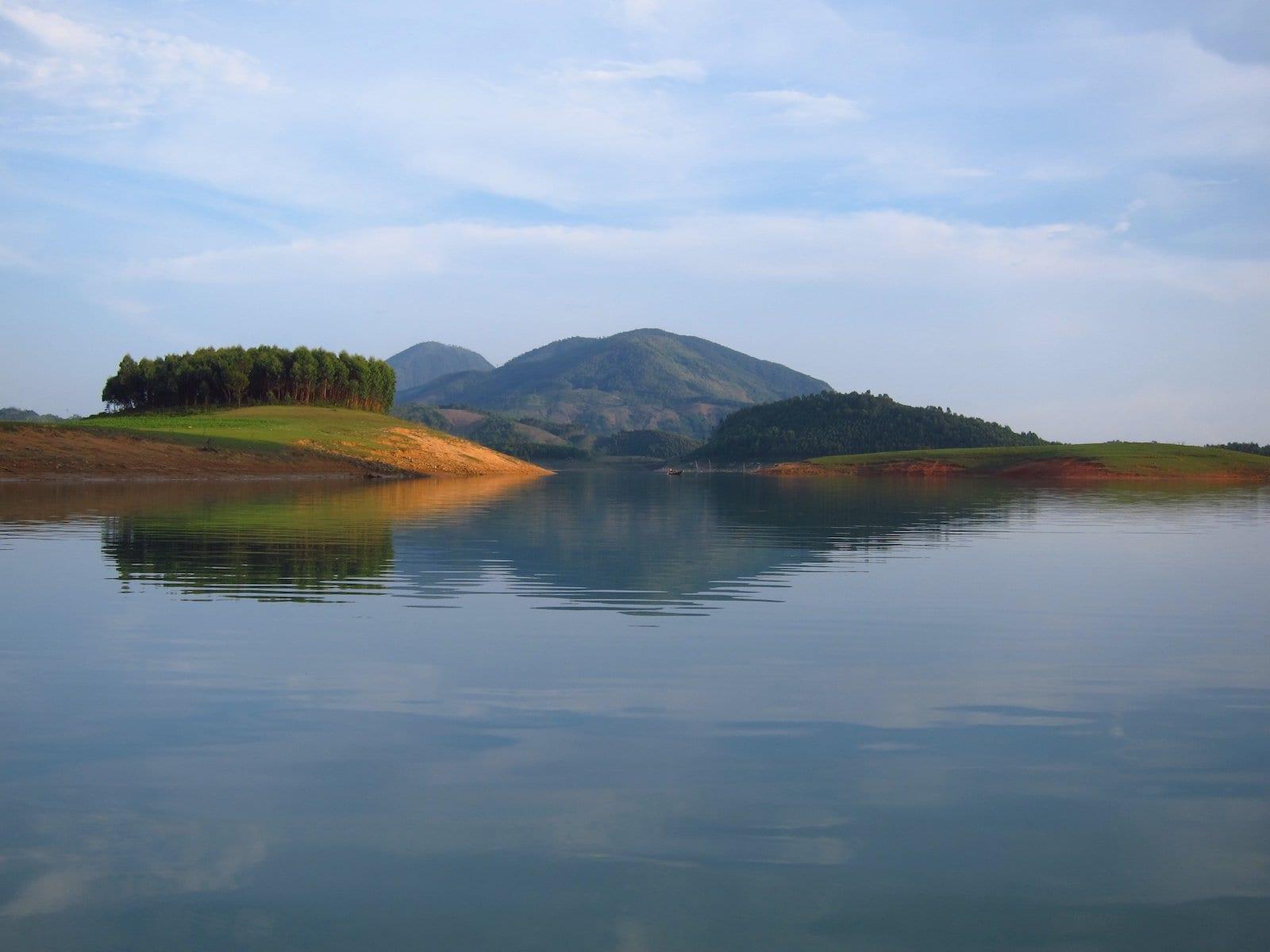 Thac Ba Lake, Yen Bai Province
