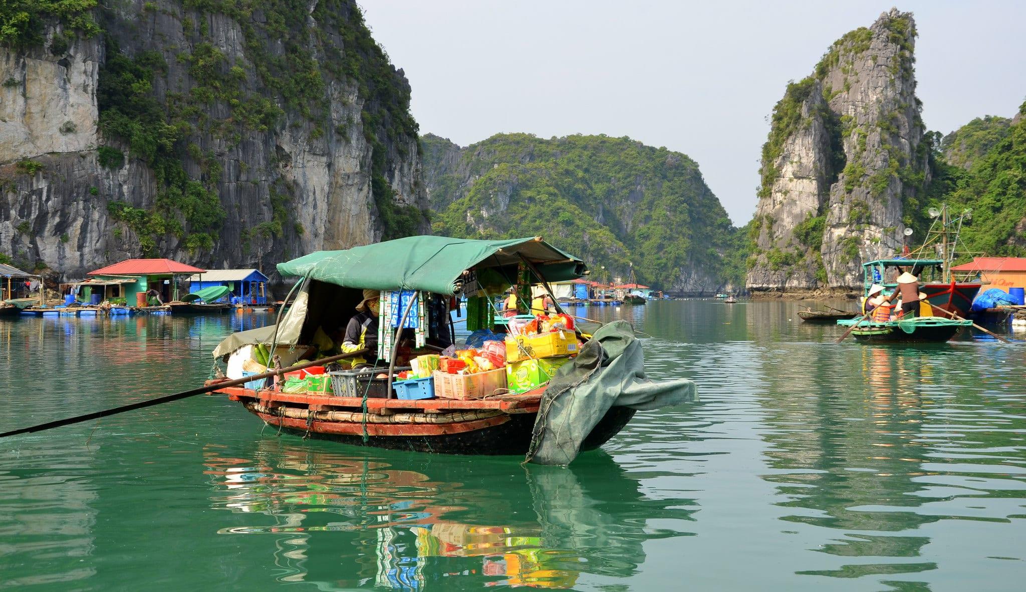 Image of the Vung Vieng floating village in Bai Tu Long Bay, Vietnam