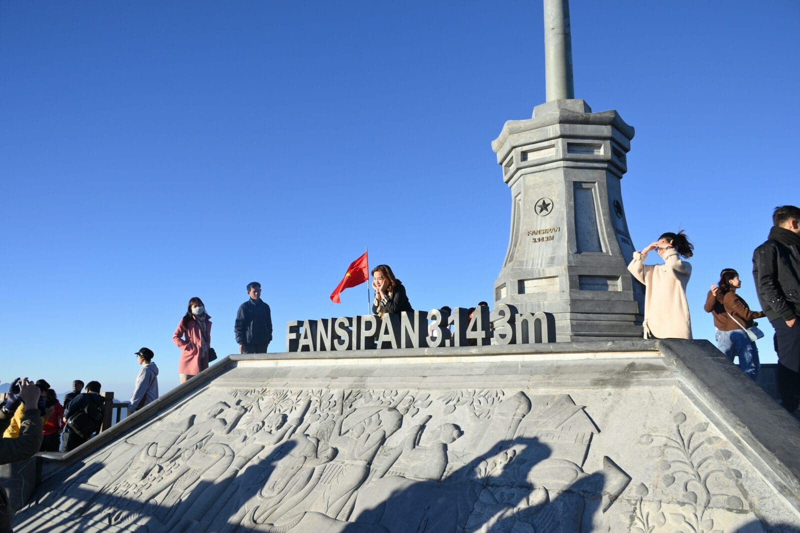 Image of the Fansipan sign at the peak of the mountain in Vietnam