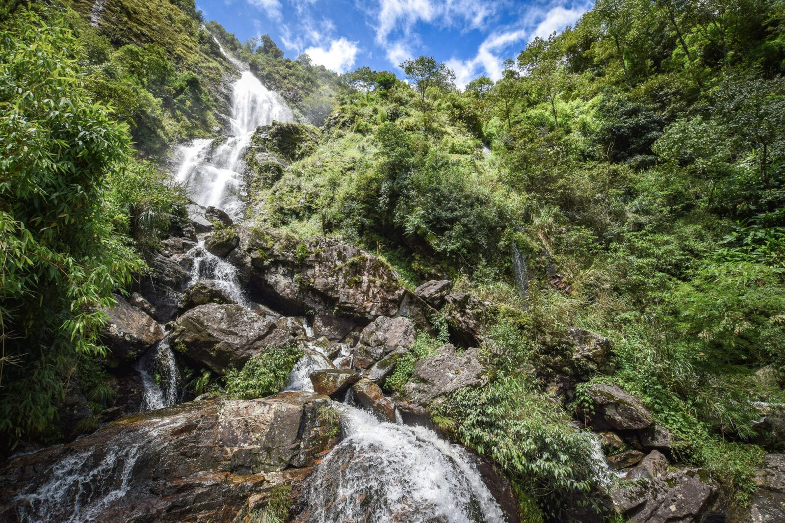 Image of Thac Bac waterfall in Ba Be National Park in Vietnam