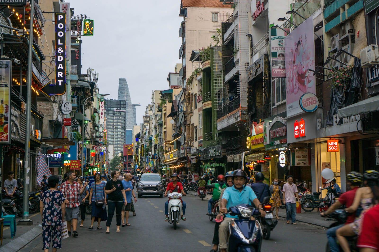 Image of the Bui Vien Street in Saigon