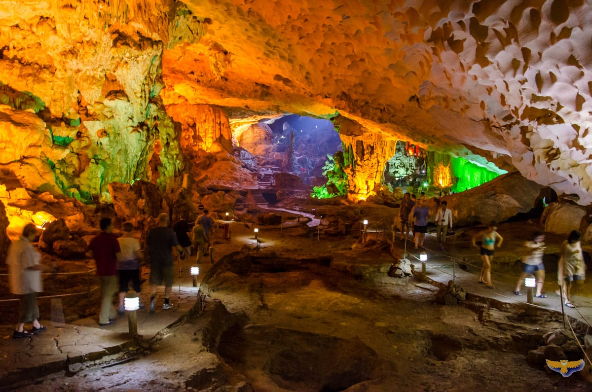 Image of tourists in Sung Sot Cave in Halong Bay, Vietnam
