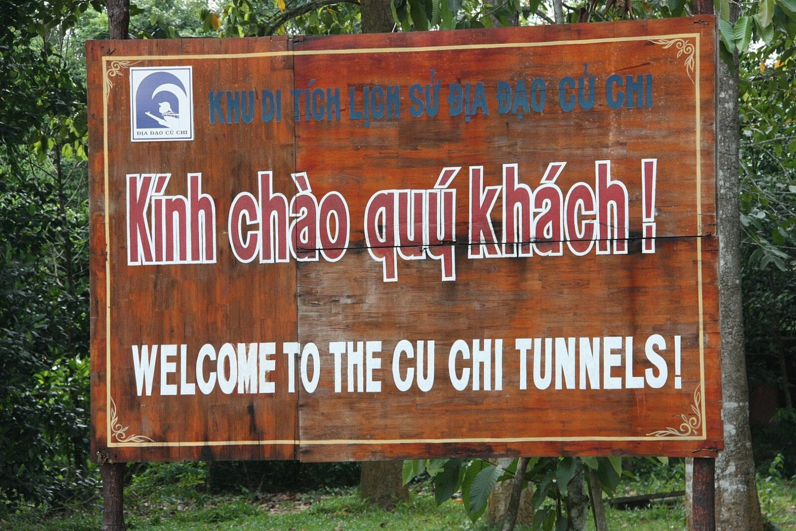 Image of the welcome sign to the Cu Chi Tunnels in HCMC, Vietnam