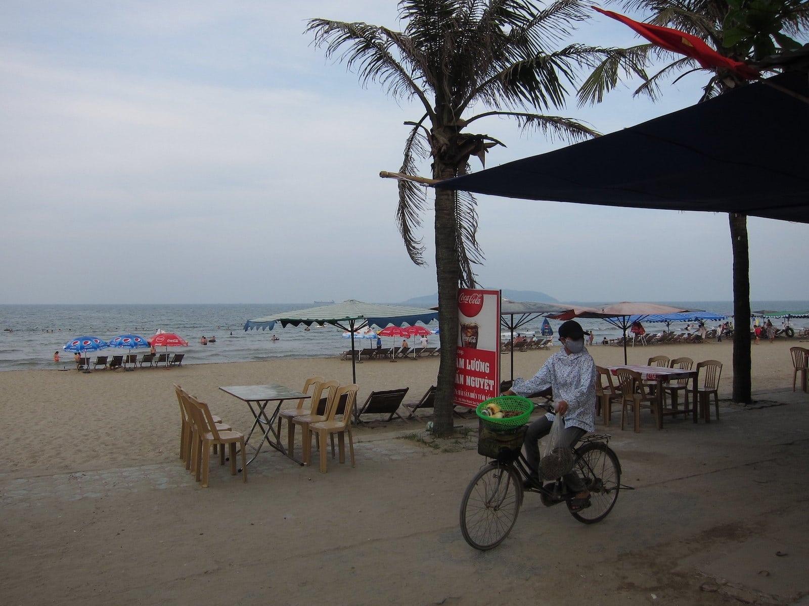 Image of Cua Lo Beach in Vietnam