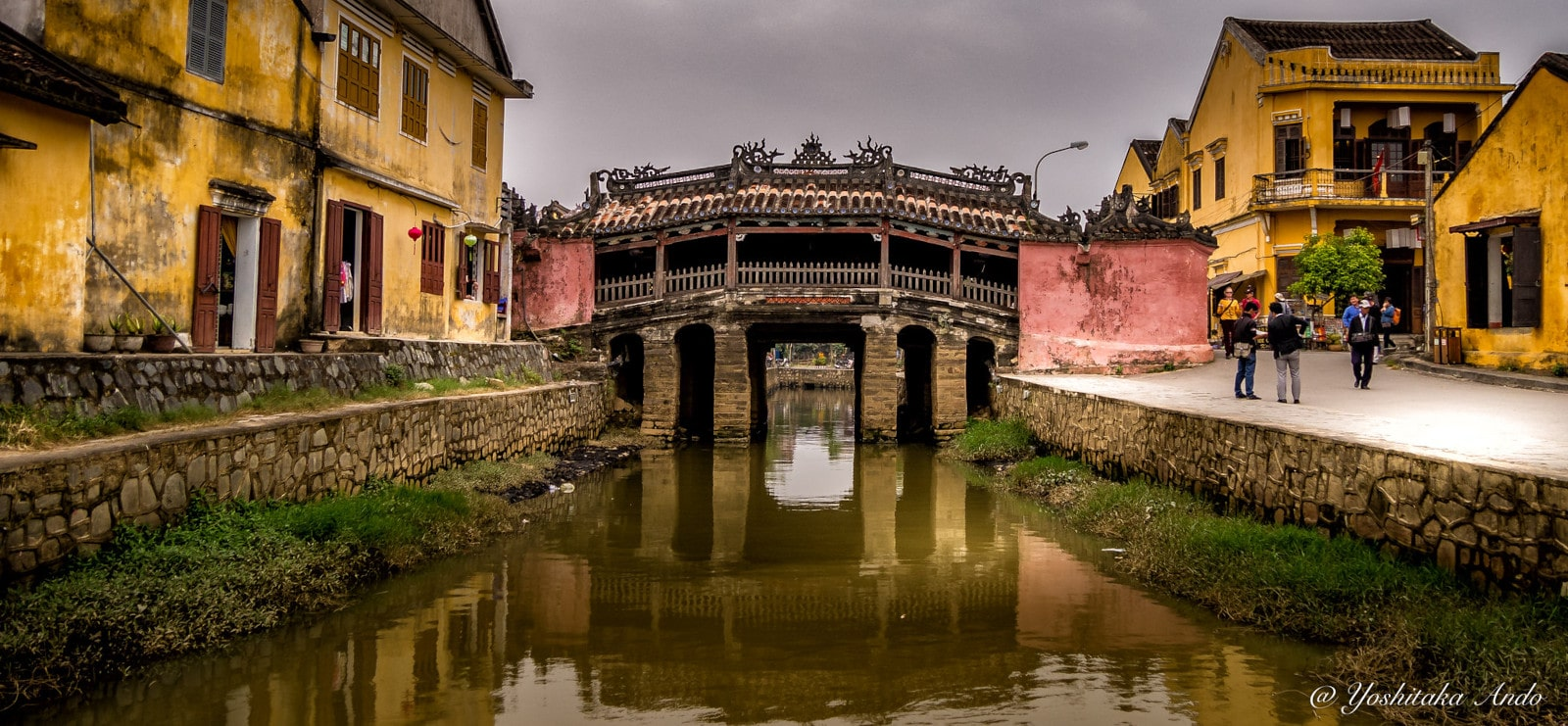 Image of the Japanese Covered Bridge in Old Town Hoi An, Vietnam