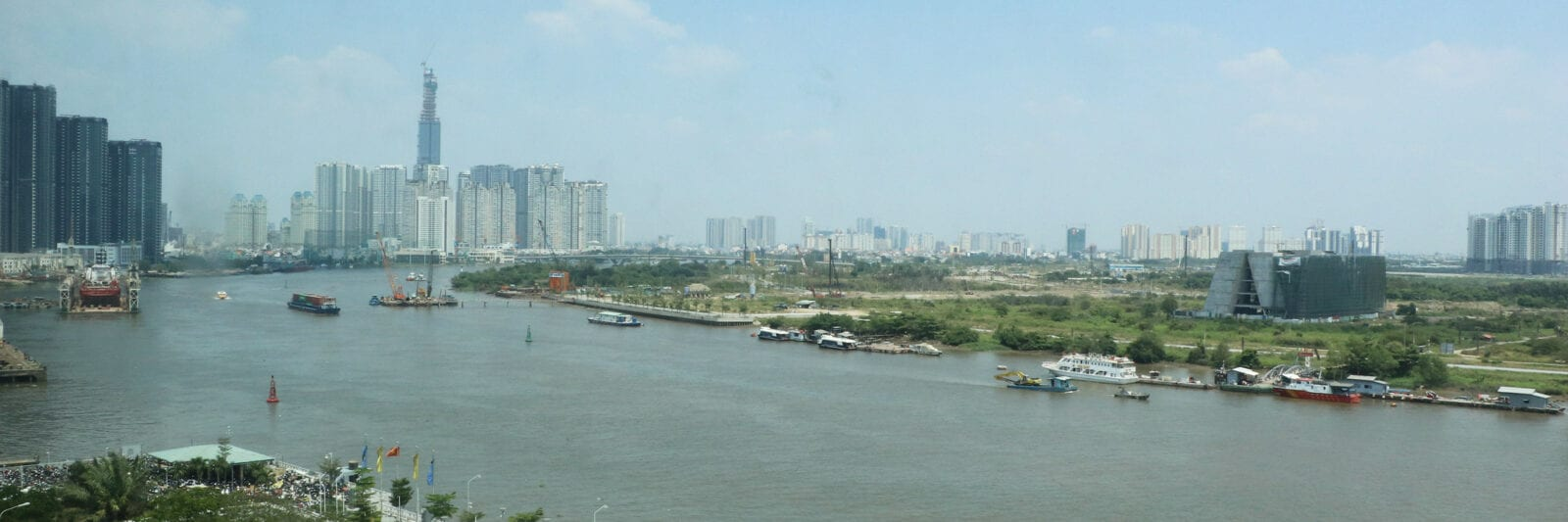 Image of the Saigon River in HCMC, Vietnam