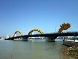 Image of the Dragon Bridge in Da Nang, Vietnam