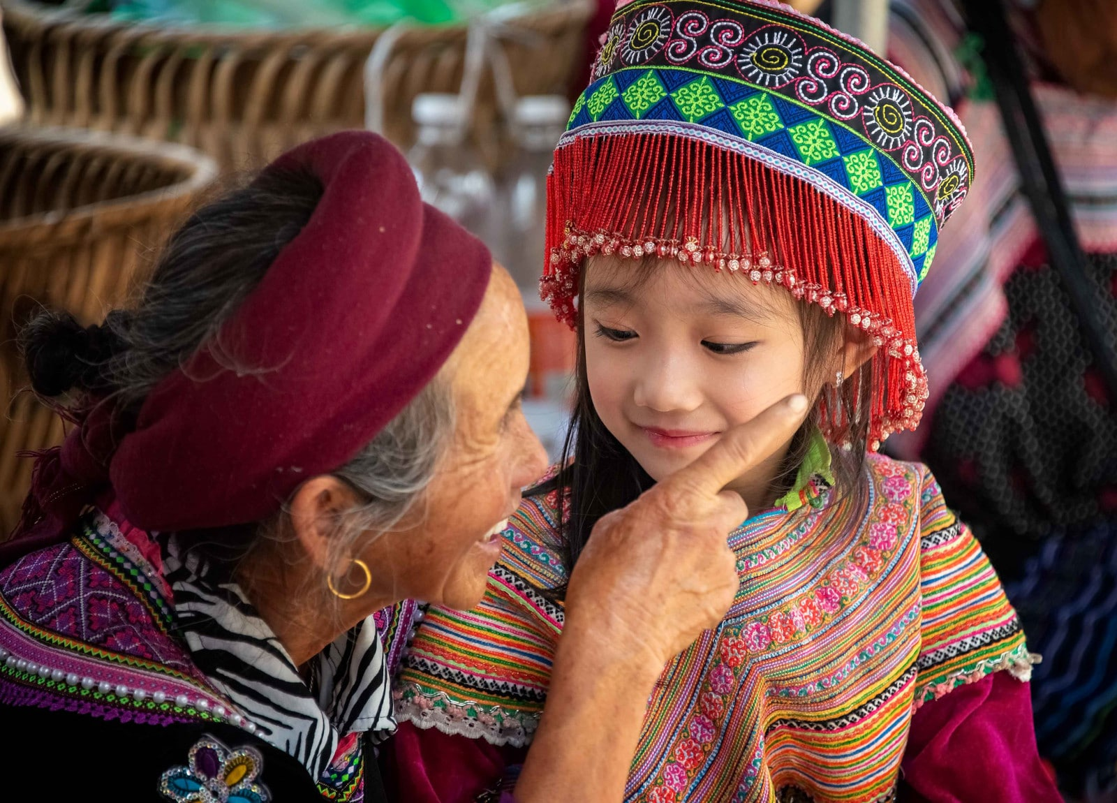 Image of a H'Mong elder and child in northern Vietnam