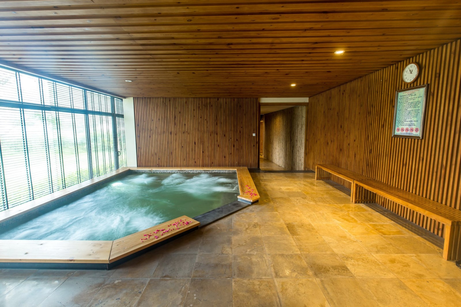 Image of a indoor japanese onsen at the Serena Resort Kim Boi in Vietnam