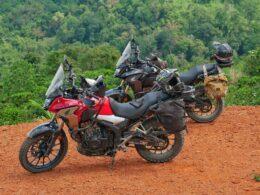 Image of two honda motorbikes from Tigit Motorbikes