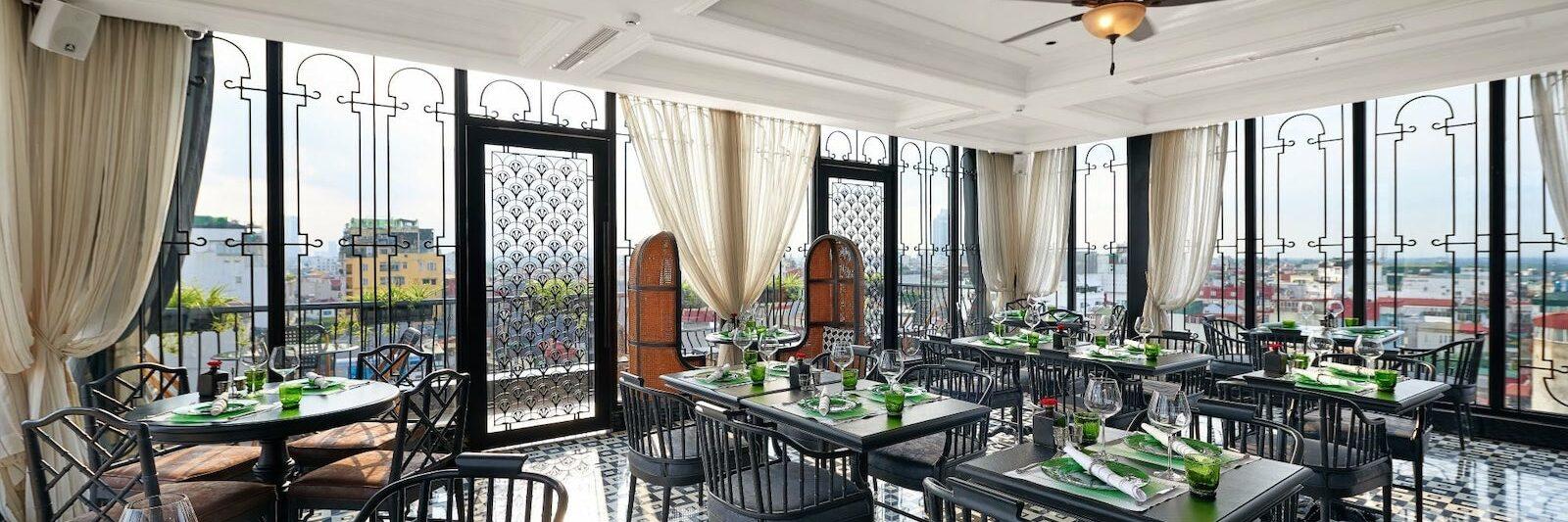 Image of a restaurant in the La Siesta Premium Hang Be in Hanoi, Vietnam