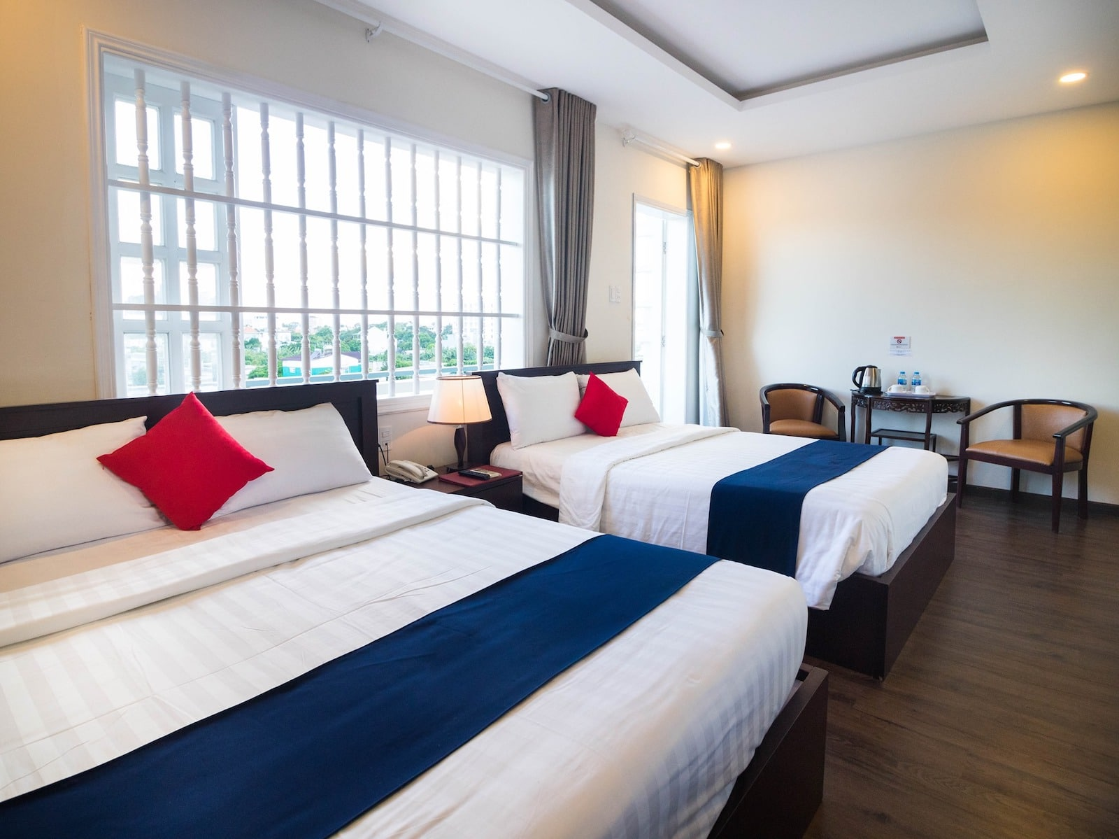 Image of the Joi Hotel double bed accommodation in Vung Tau, Vietnam
