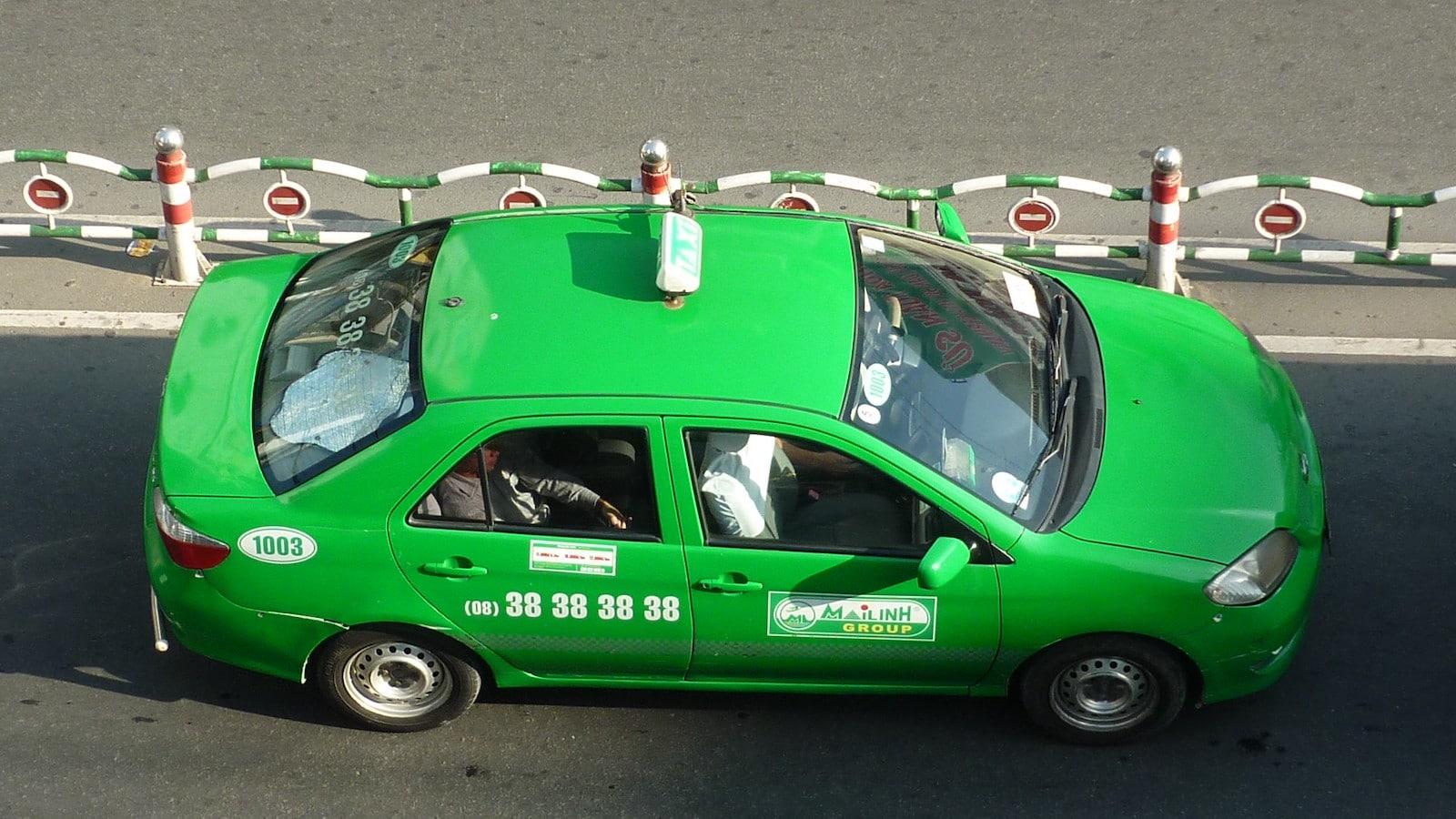 Image of a Mai Linh Taxi