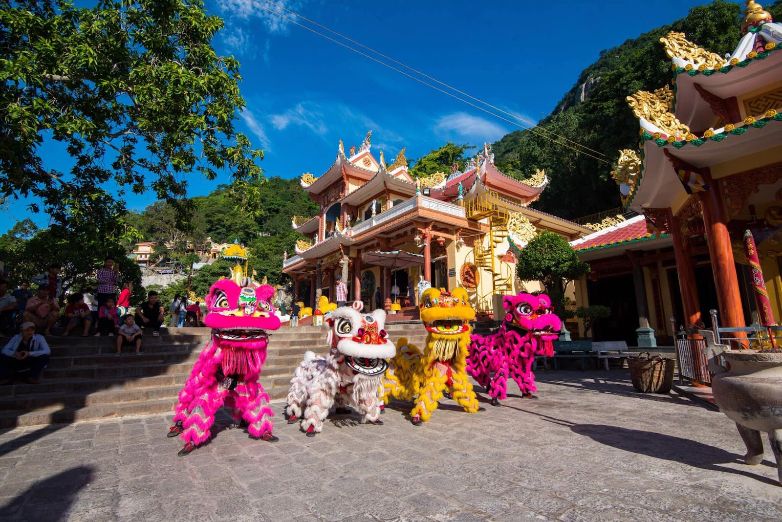 Image of a festival at Sun World BaDen Mountain in Vietnam