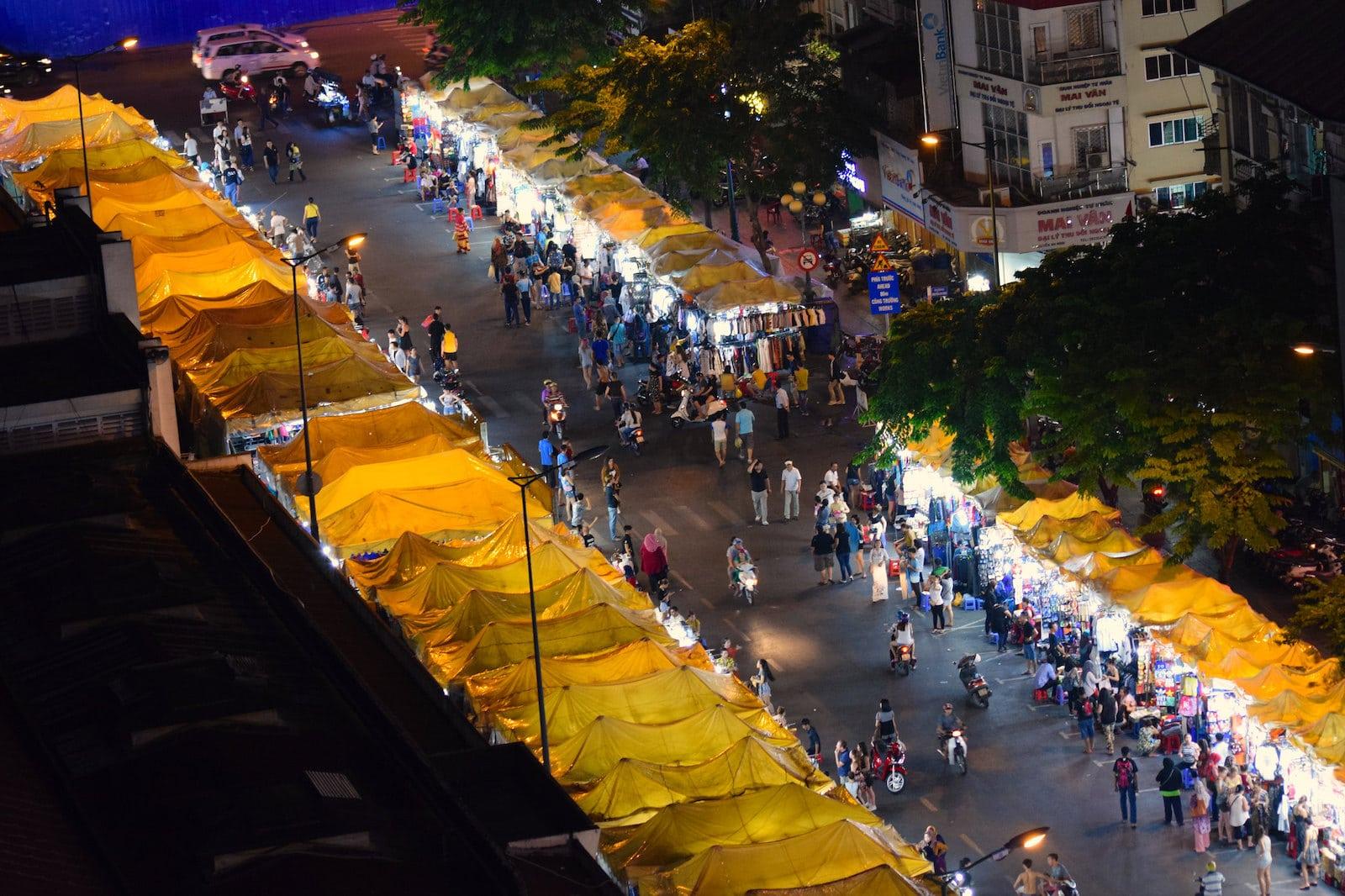 Image of the Saigon Night Market in Vietnam