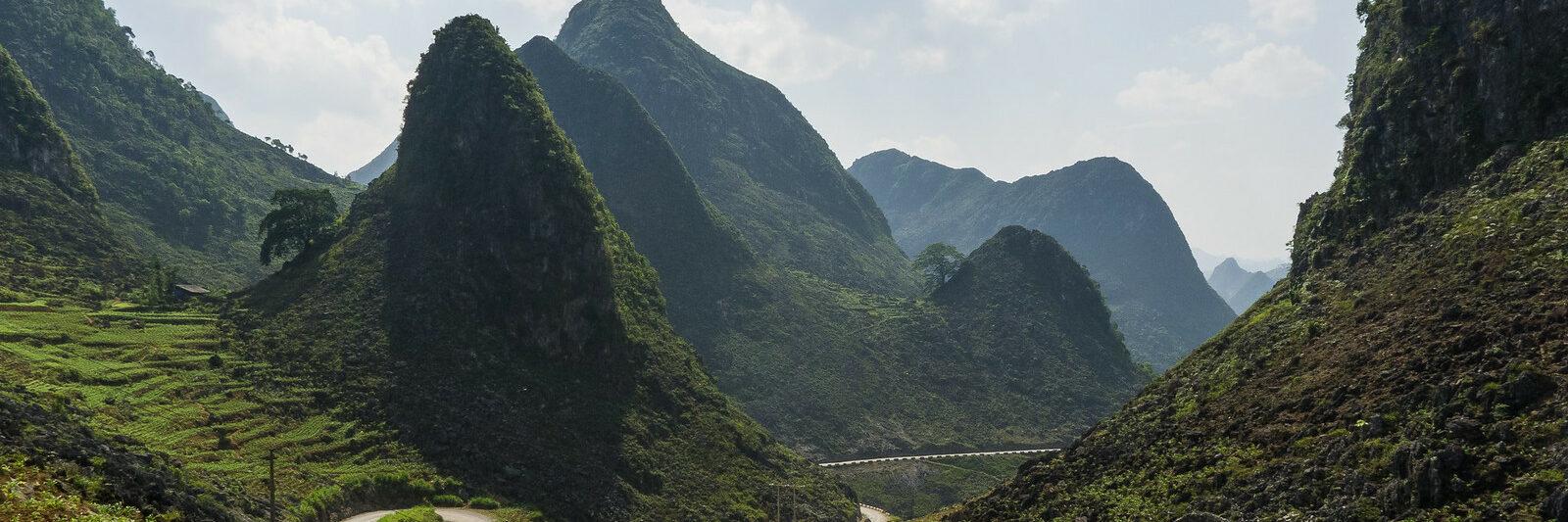 Mountain Pass in Meo Vac Vietnam