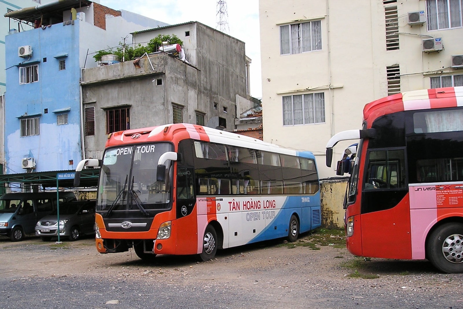 Images of a bus in Nha Trang, Vietnam
