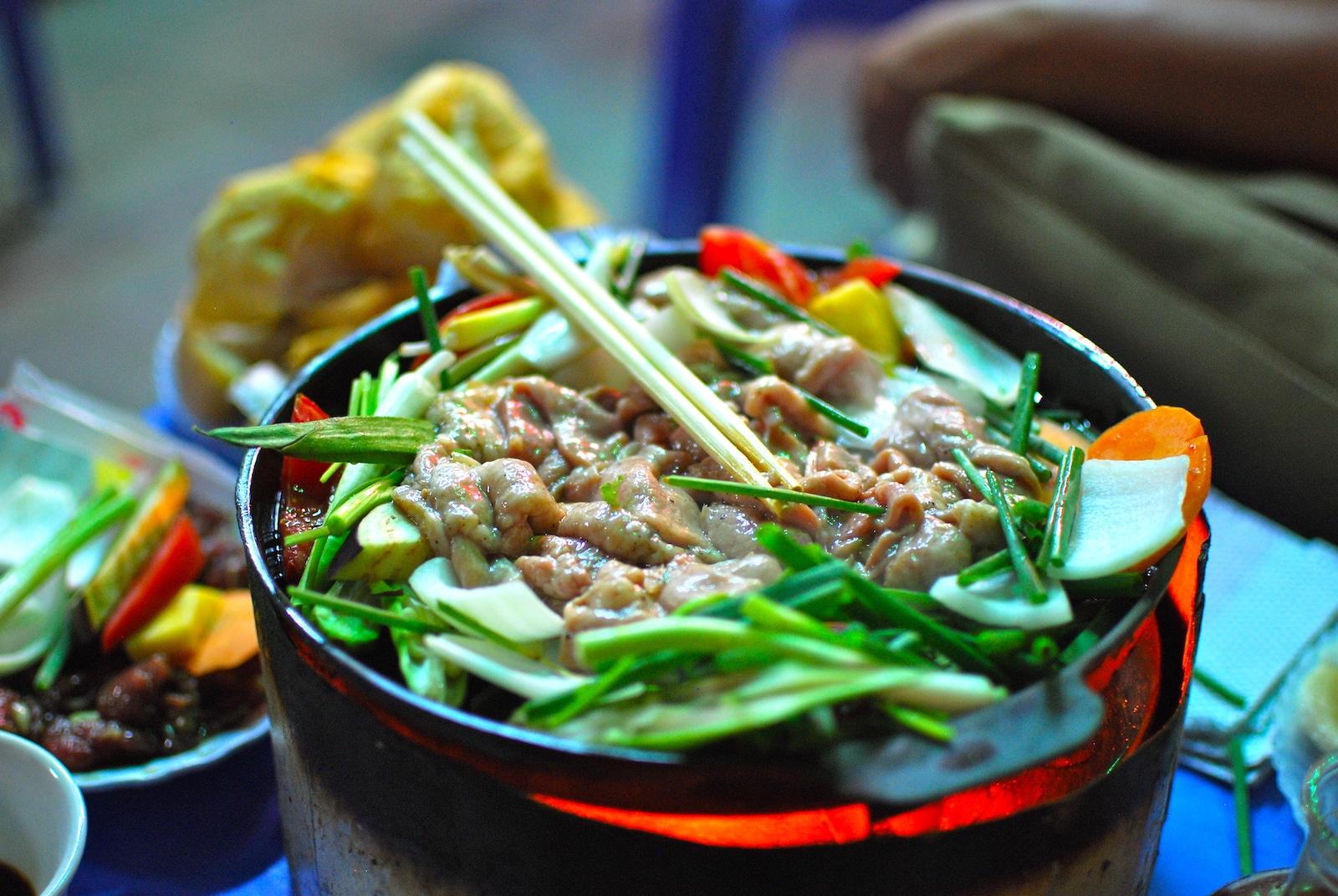 Vietnamese Food Dinner Hanoi