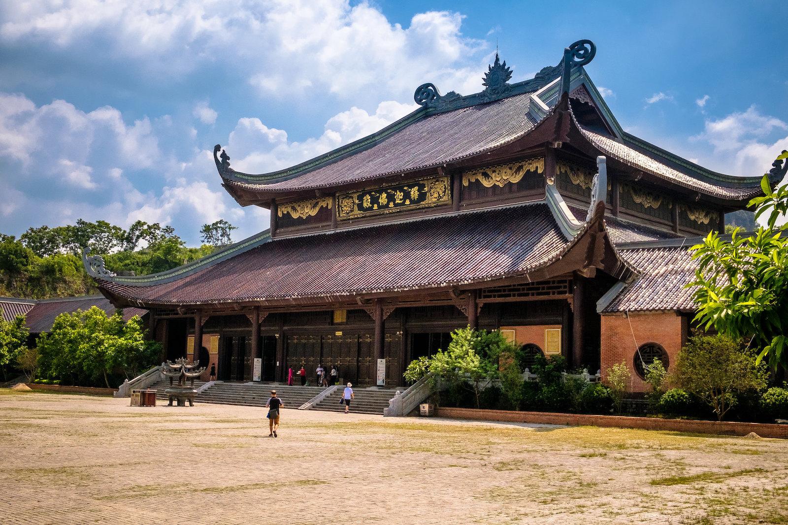 Bai Dinh Pagoda - Ninh Binh Province