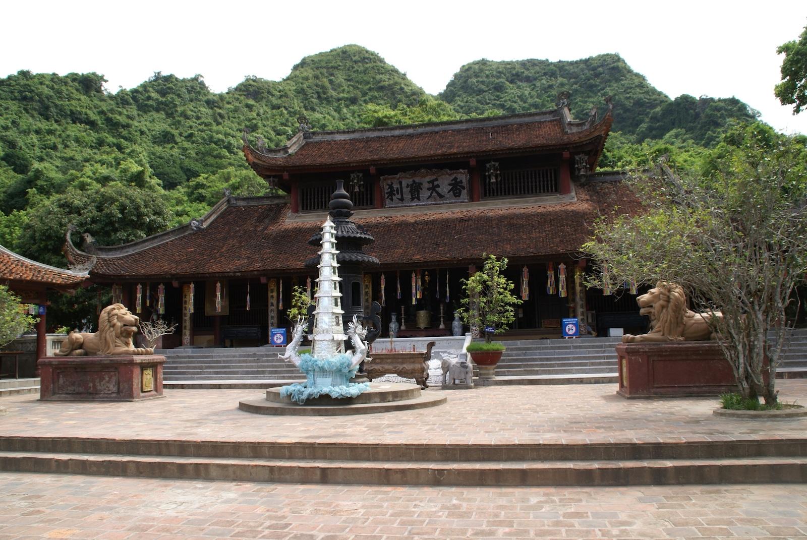 Perfume Pagoda, Ha Noi