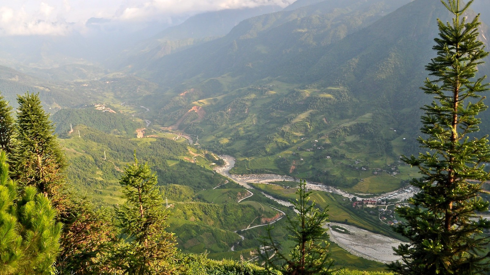 Image of the landscape in Lao Cai Province, Vietnam