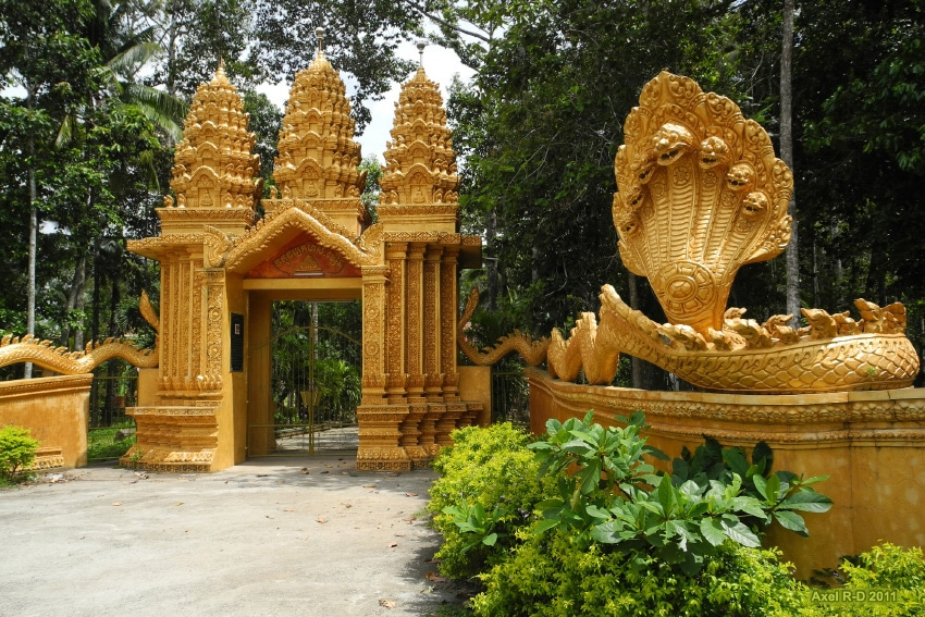 Image of a pagoda in Tra Vinh