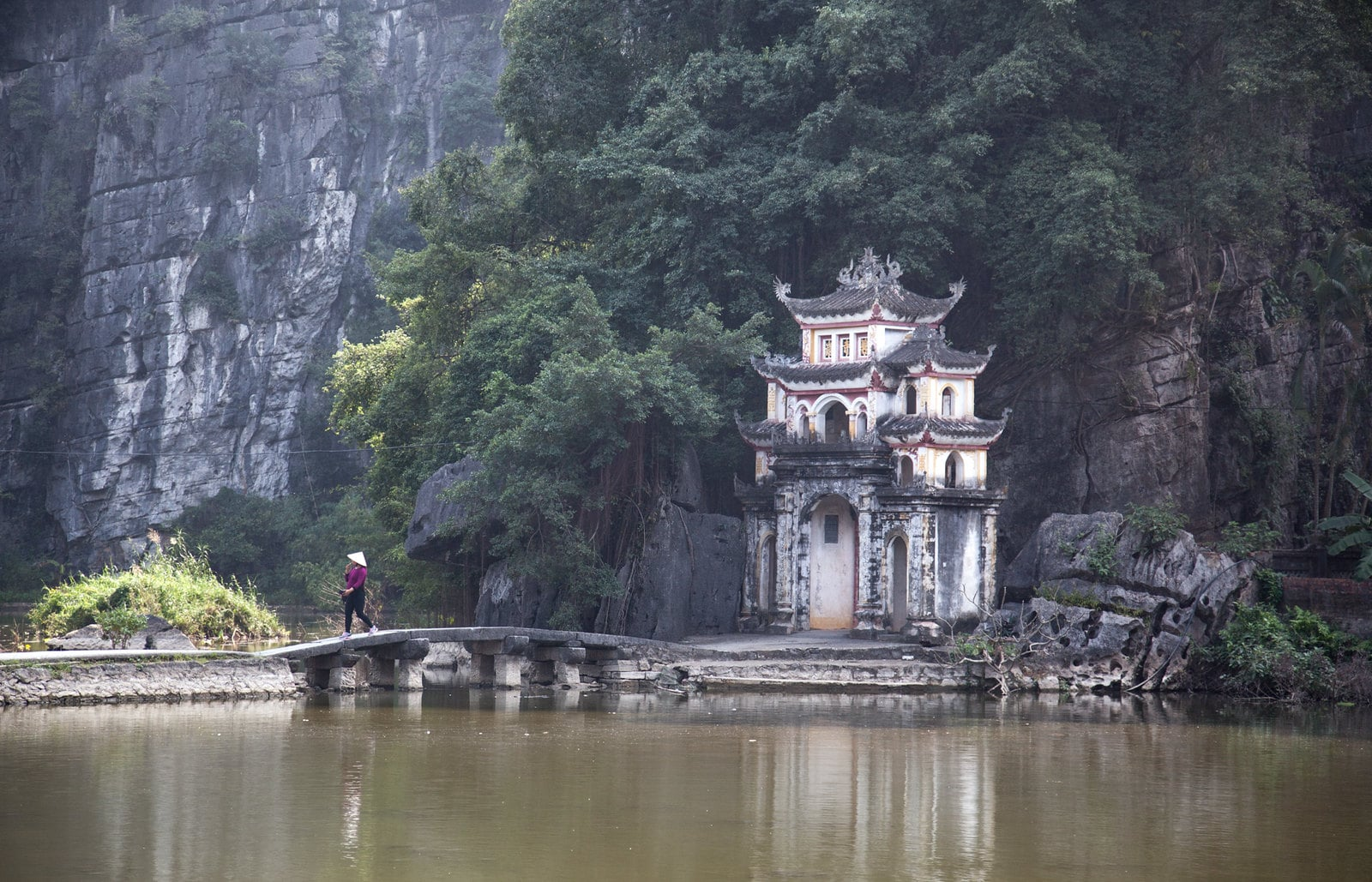View of the Bich Dong Pagoda in Ninh Bình, Vietnam