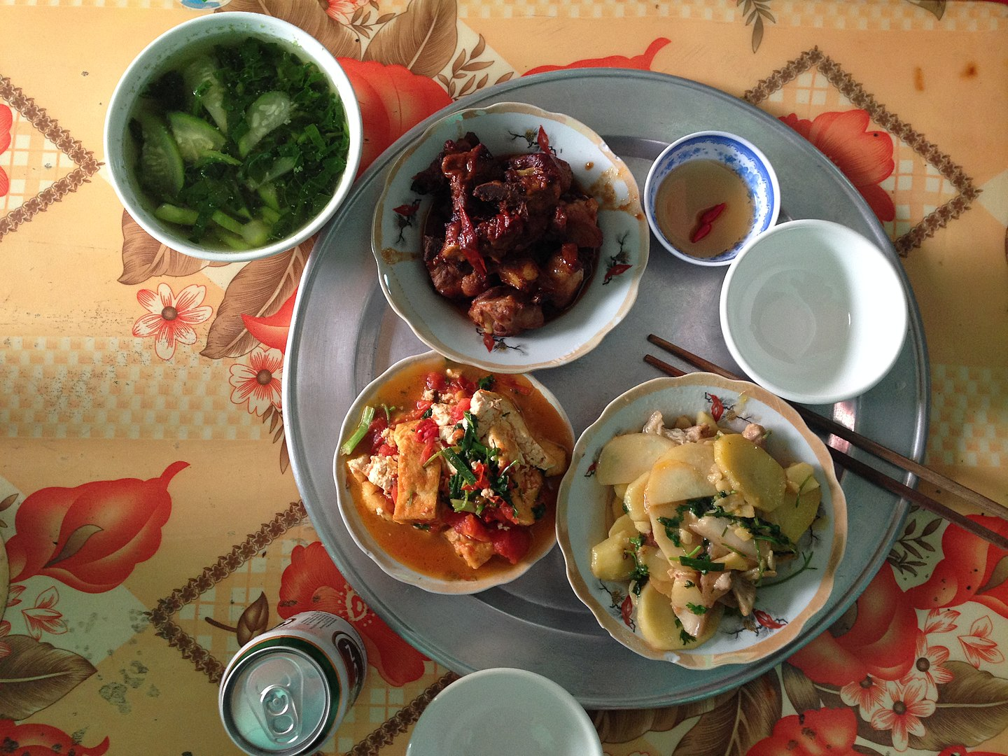 Image of a modern Vietnamese family meal