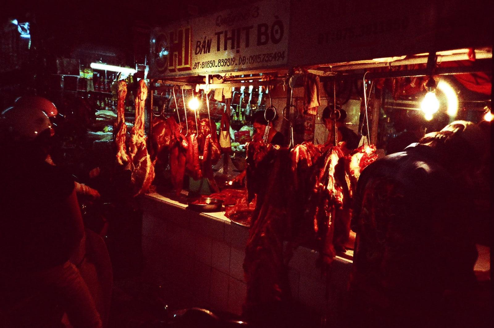 Image of the Ben Tre Night Market in Vietnam