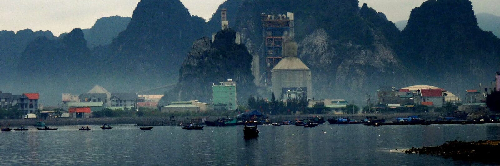 Image of a cement factory in Cam Pha, Vietnam